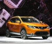 2019 Nissan Rogue Sport Specs Review Sv Awd