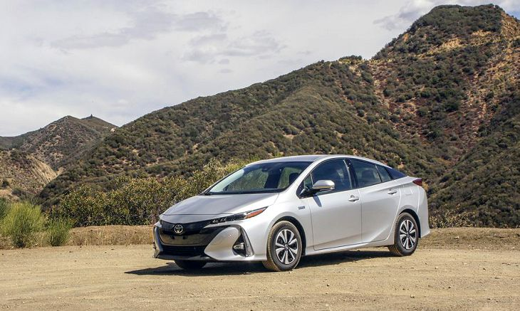 2019 toyota prius prime price mpg. Black Bedroom Furniture Sets. Home Design Ideas