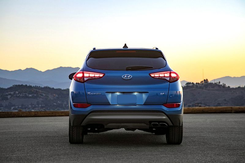 2019 Hyundai Tucson Limited Vs Mazda Cx 5 2005 Tire Size
