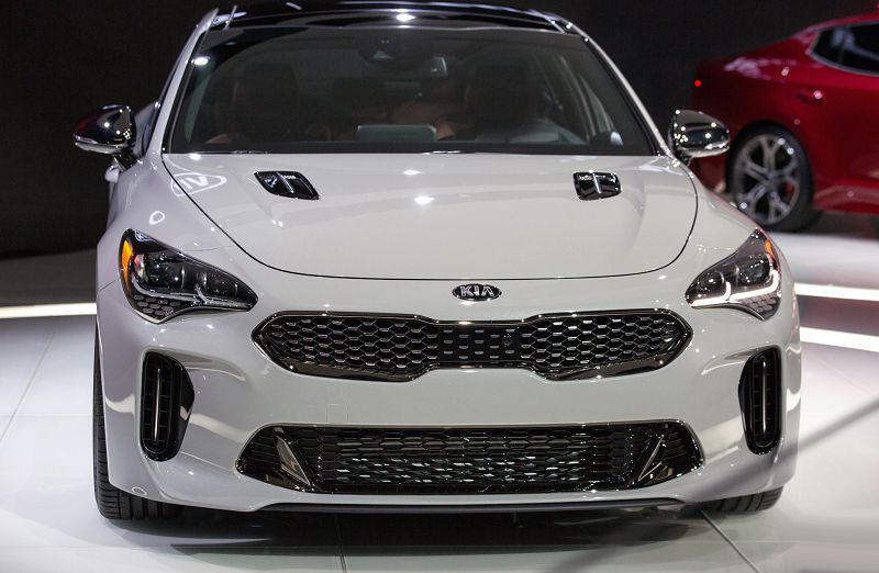 2019 Kia Stinger Price Uae Price Estimate Mpg