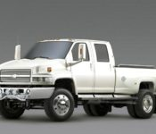 2019 Chevy 4500 Box Truck Crew Cab Chassis Engine