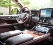 2018 Lincoln Navigator Ambient Lighting At Night Auto