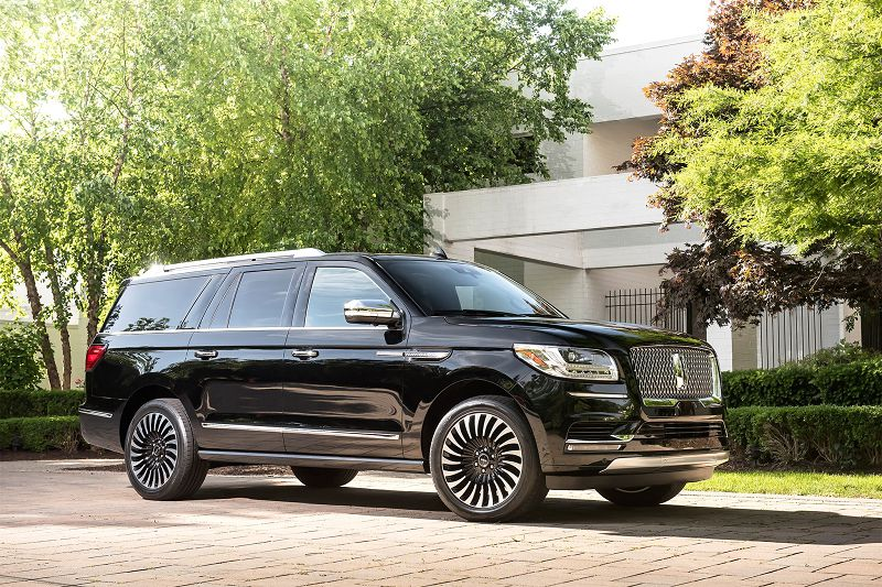 2018 Lincoln Navigator Gullwing Grill Gauges Gas Mileage
