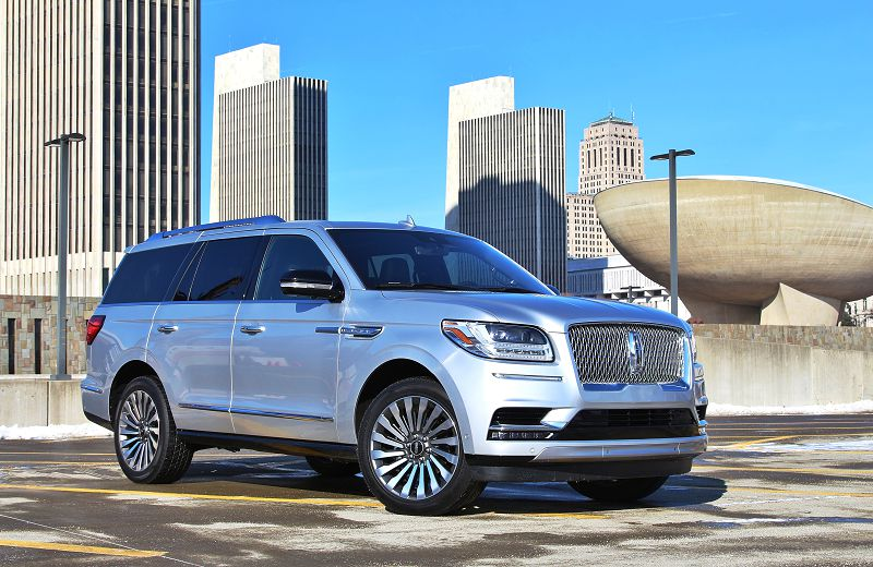 2018 Lincoln Navigator Release Date Diamond Engine Extended