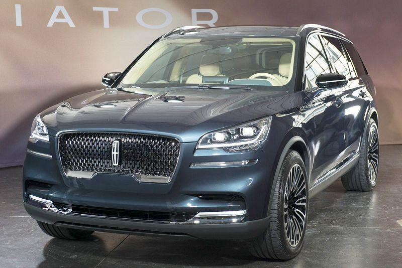 2019 Lincoln Aviator Lowered Luxury Awd Modified