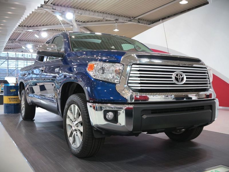 2020 Toyota Tundra Ebrochure Exhaust 5.7 L V8 Edmunds