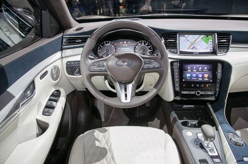 2020 Infiniti Q70 Coupe