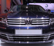 2019 Volkswagen Phaeton Road Test Review Photos