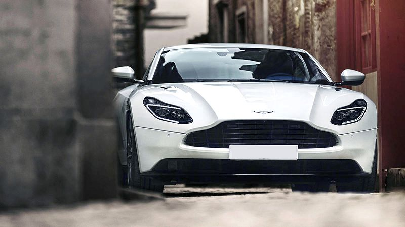 2019 Aston Martin Db11 Silver Sound 4 Seater