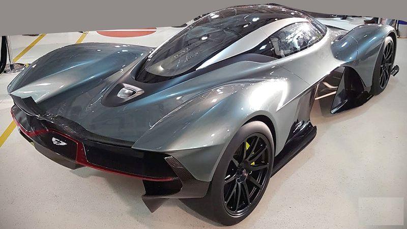 2019 Aston Martin Valkyrie Driving Dimensions Designer
