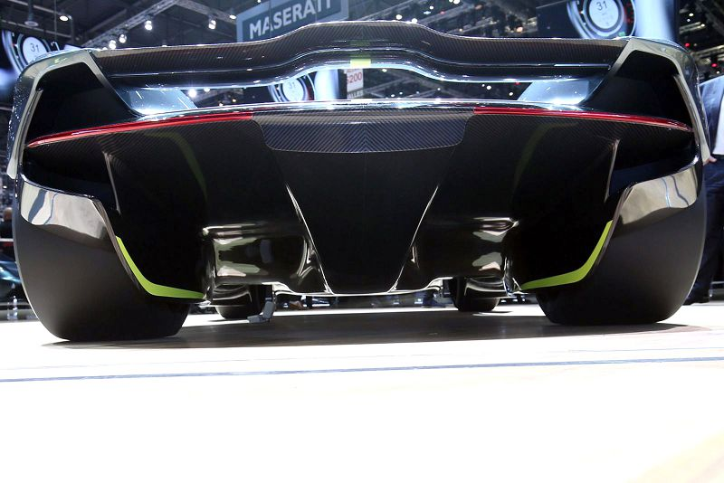 2019 Aston Martin Valkyrie Top Gear Doors Performance