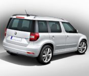 2019 Skoda Yeti Quattroruote Review Roof Bars