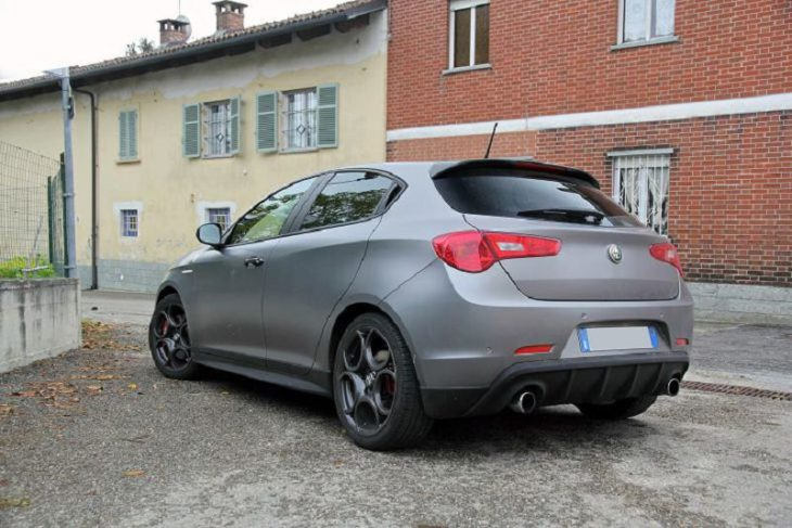 Nuova Giulietta 2019 Renault Megane Vs Wikipedia Warning Lights