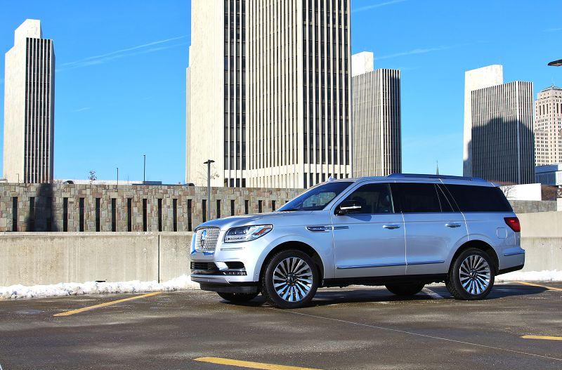 2018 Lincoln Navigator Dashboard Dark Slate Destination Theme