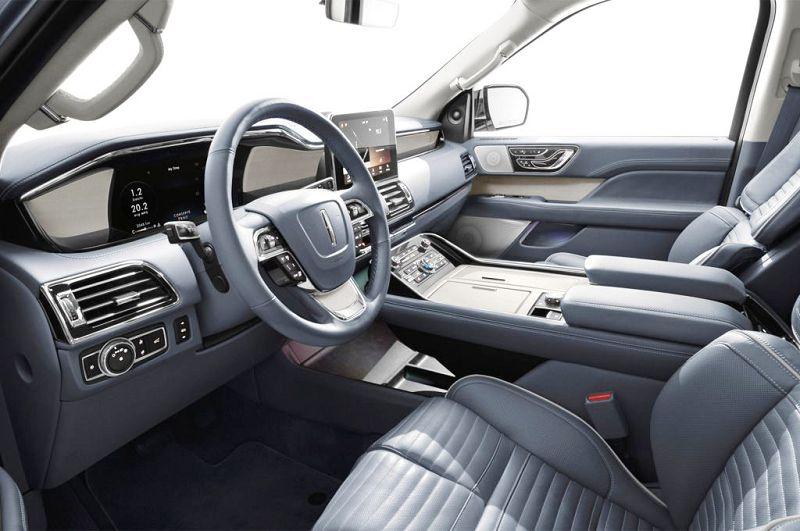 2018 Lincoln Navigator Magnetic Gold Horsepower