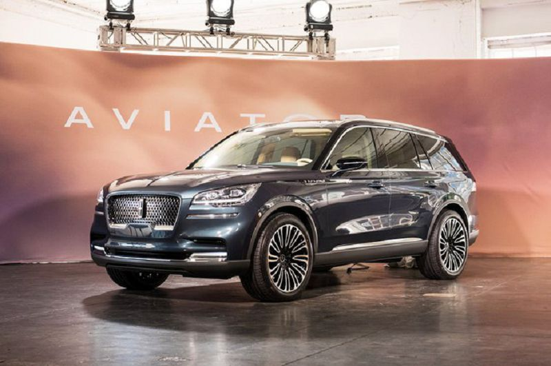 2019 Lincoln Aviator Light And All Locked Label