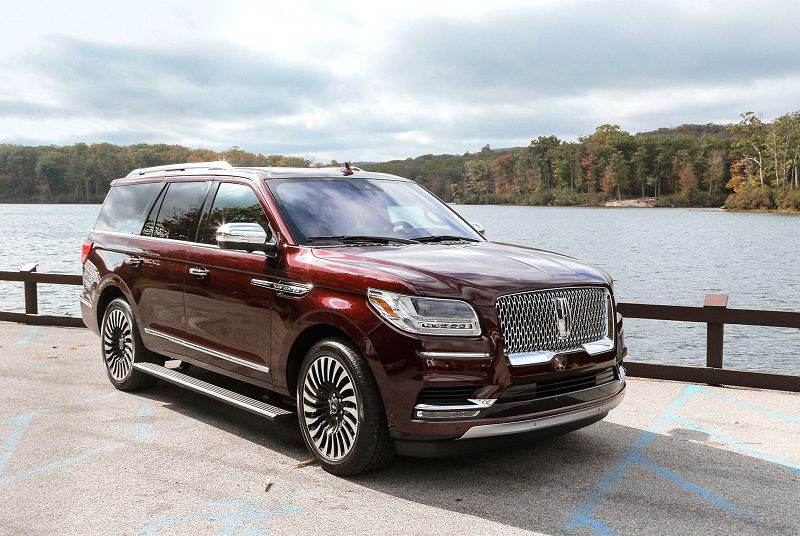 2019 Lincoln Navigator Heated 24 2nd Console 3rd