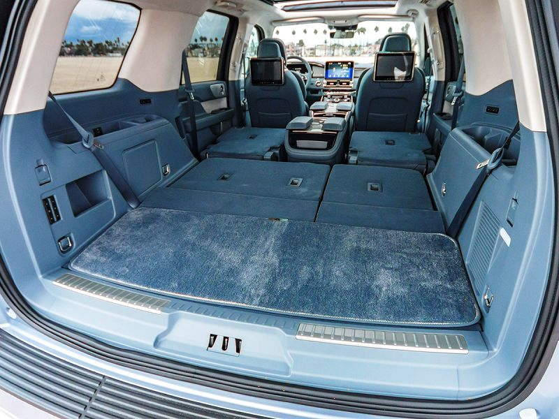 2019 Lincoln Navigator Ruby Seat Entertainment Redesign Suv