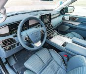 2019 Lincoln Navigator Silver Side Spy Shots Sunroof
