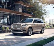 2019 Lincoln Navigator View Video Burgundy Velvet Mercedes Gls