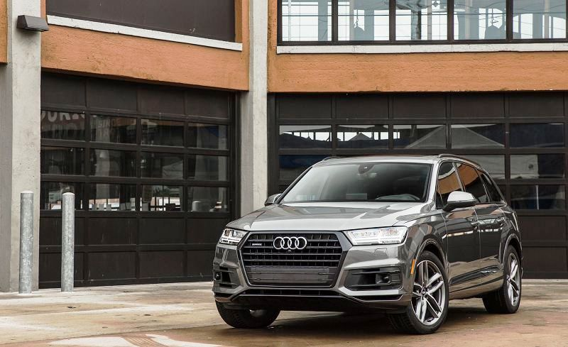 2018 Audi Q7 And Of Weight Compare Black Brochure