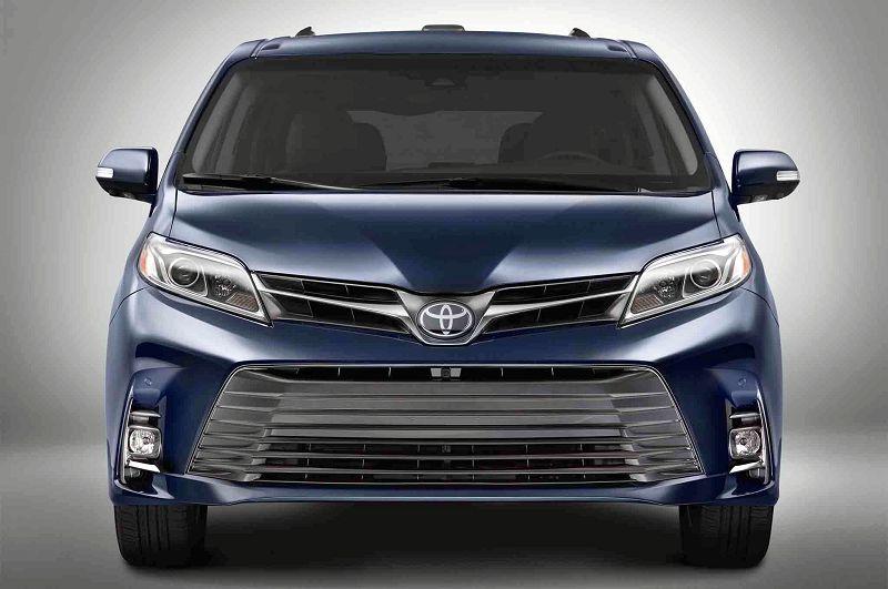 2020 Toyota Sienna Spy Shots