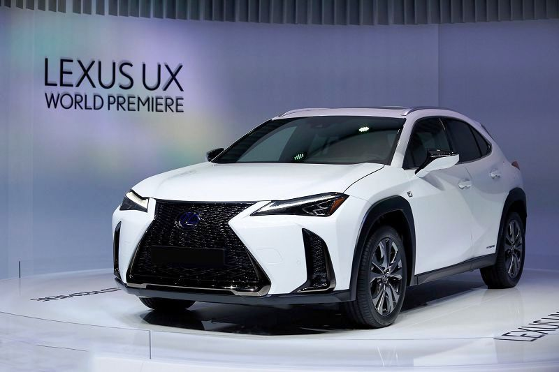 Lexus Ux 250h Price Dimensions Interior Lease Specs Horsepower