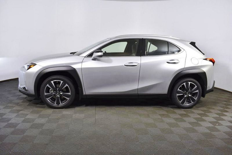 Lexus Ux Spy Shots Dimensions Interior Lease Specs Horsepower