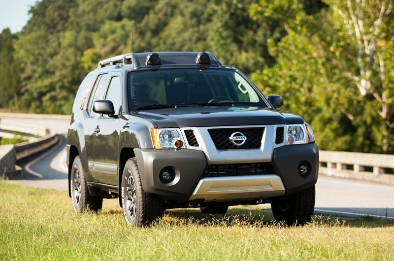 Nissan Paladin 2017 Interior Engine Accessories Specification Review