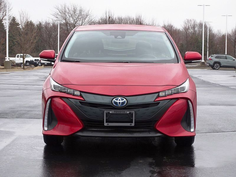 2019 Prius Prime Release Date 2021 Mpg Review Limited Colors Specs Gas Mileage