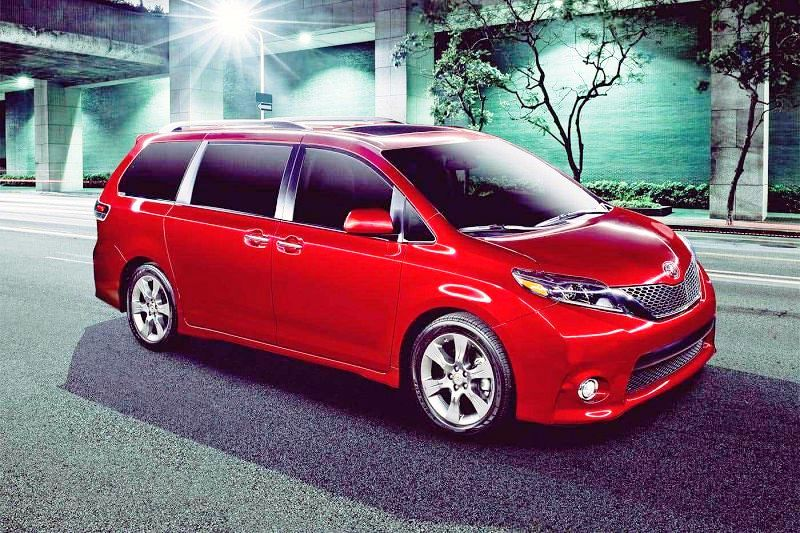 Toyota Sienna Pictures 2021 Review Dimensions Towing Capacity