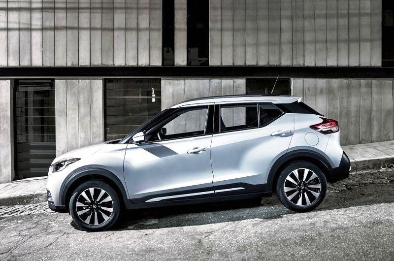 Nissan Kicks 2020 2019 Mpg Dimensions Images Acceleration