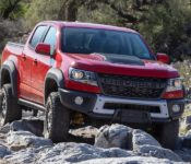 2020 Chevy Colorado Redesign Zr2 Diesel Redesign Photos Bison