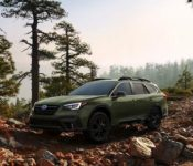 2020 Subaru Outback Touring Pictures