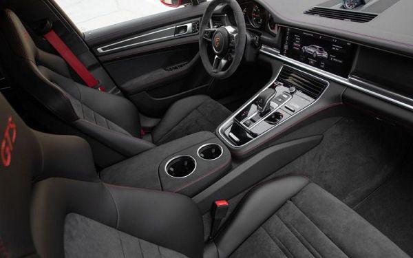 2021 Porsche Panamera Gts Interior