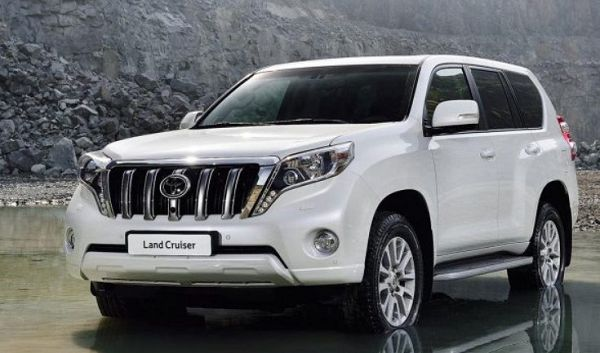 2021 Toyota Land Cruiser Sahara S Review Pictures
