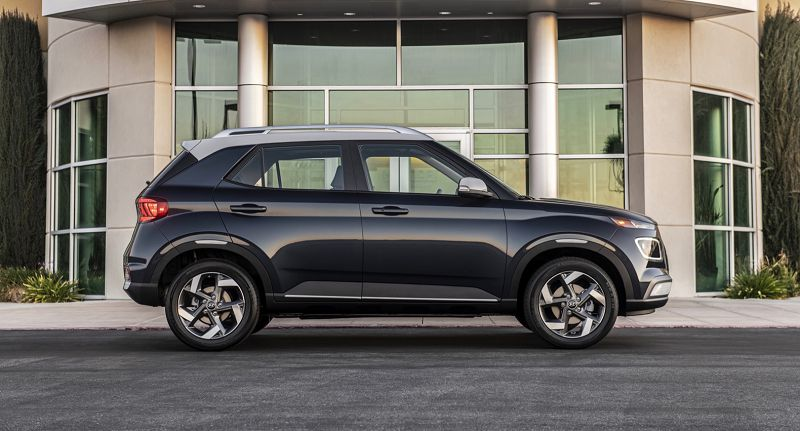 2021 Hyundai Venue Model Car Game App Mats Roof Rack Arm
