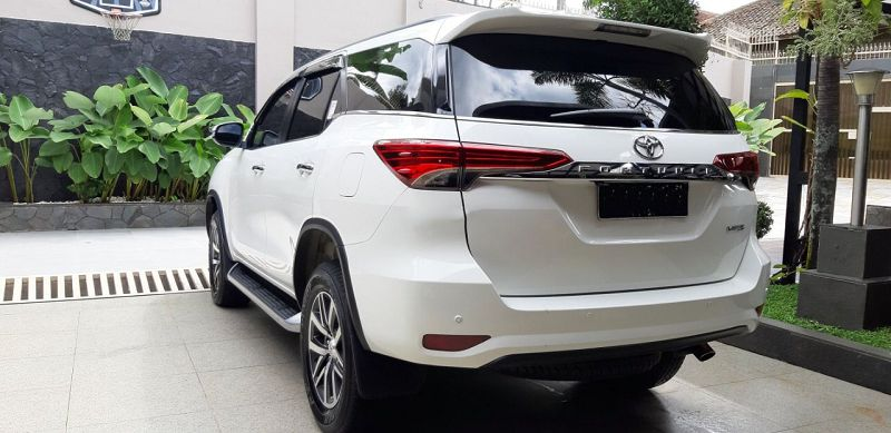 2021 Toyota Fortuner Same Apple Carplay 4runner