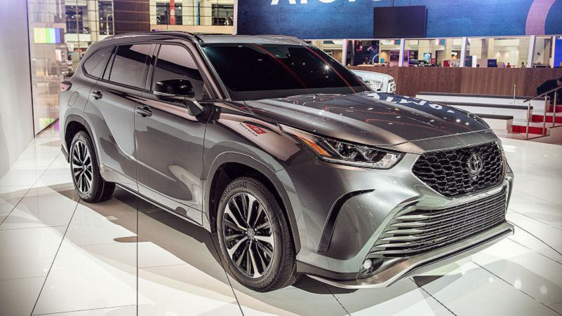 2021 Toyota Highlander Photos Reviews Changes Specifications