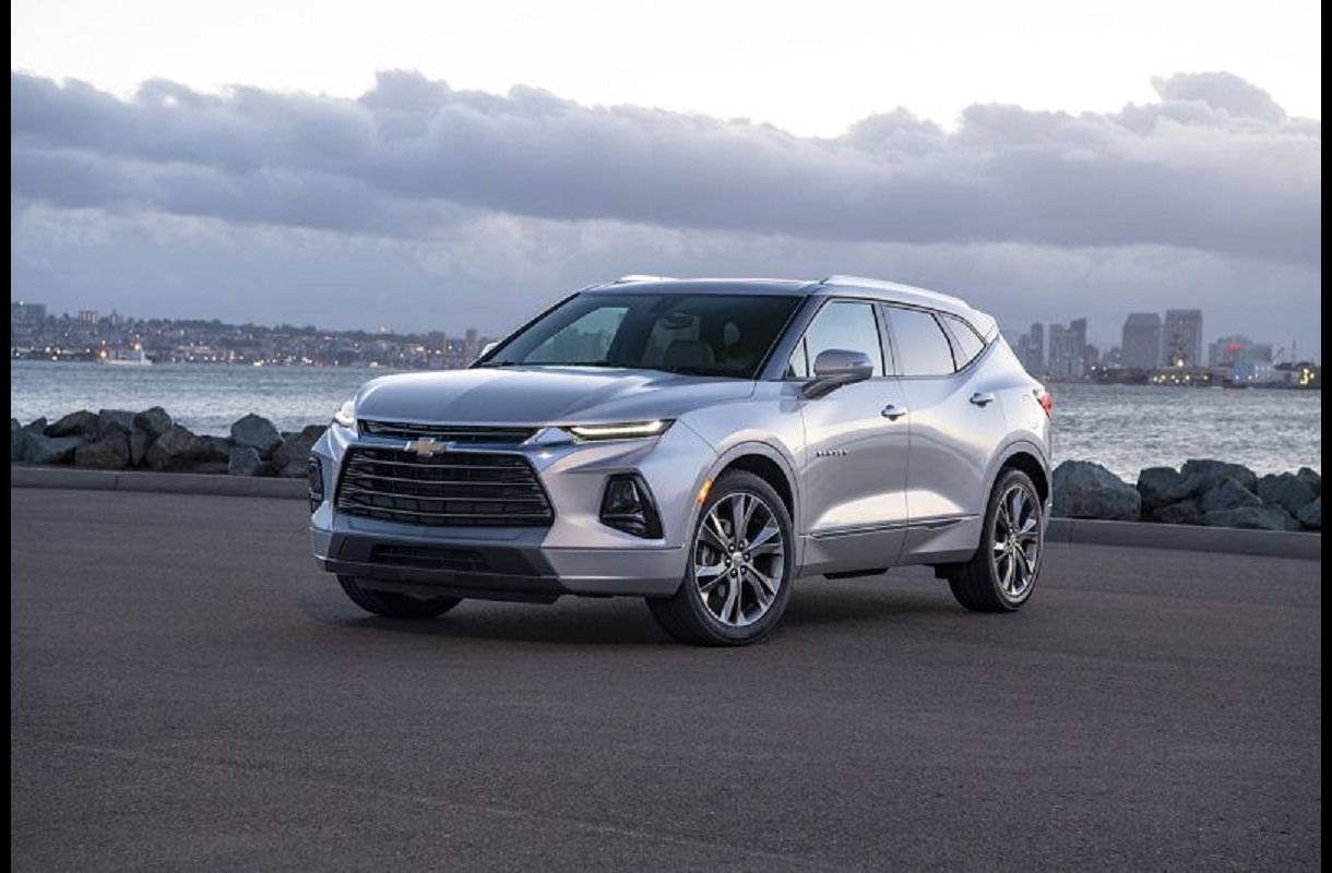 2021 Chevy Traverse Specs Colors Towing For Sale Pictures Games Bluetooth