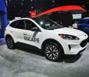 2021 Ford Escape Pictures Review Se 2020 Carplay