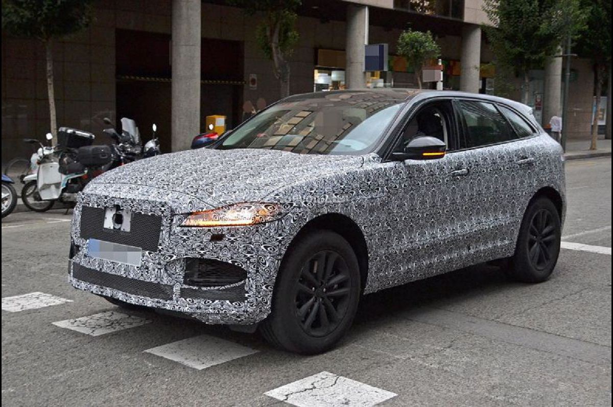 2021 jaguar f pace inside black battery location