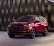 2022 Chevrolet Traverse Trims Redline