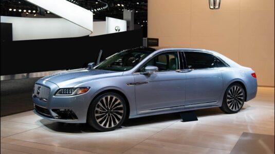 2022 Lincoln Town Car 2020 Cars News Price Sedan Specs License Plate Frames Chain