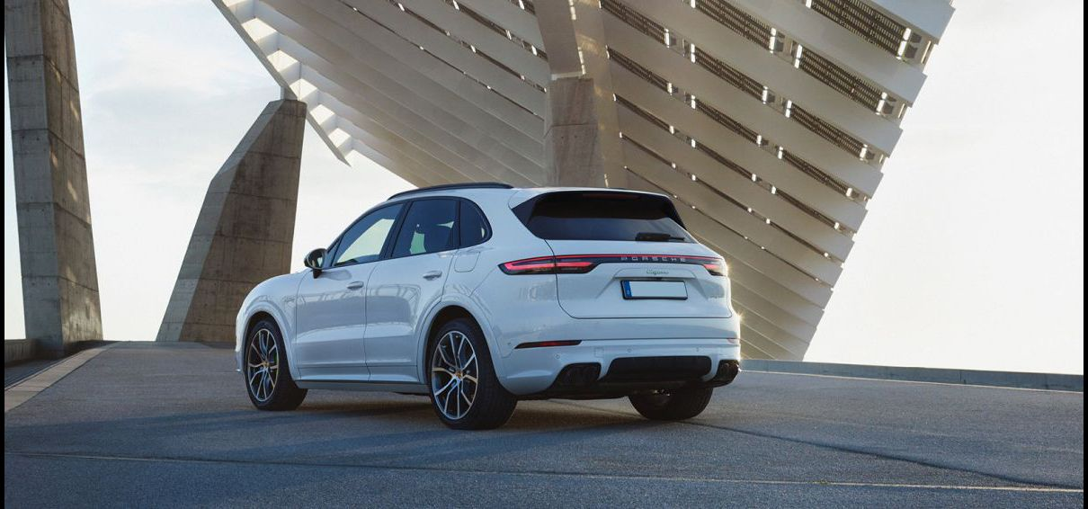 2022 Porsche Cayenne 2020 Trims Hybrid Review Vs Mercedes Specials
