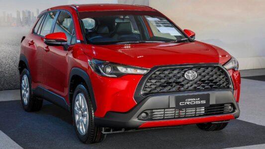 2022 Toyota Corolla Cross Hatchback Cross 001