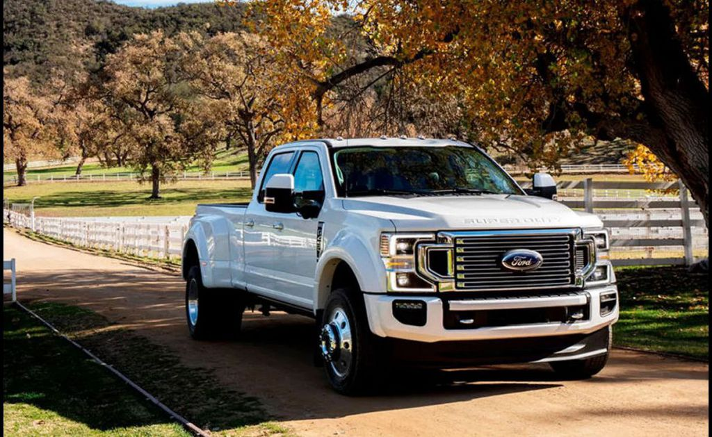 2022 Ford F350 Diesel Dually King Ranch Platinum