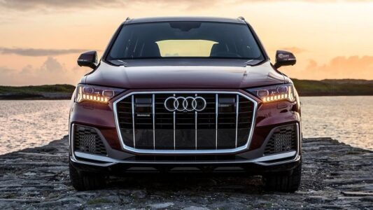 2022 Audi Q7 Suv Maintenance Coupe Vs