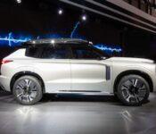 2022 Mitsubishi Outlander Model New Sel Awd