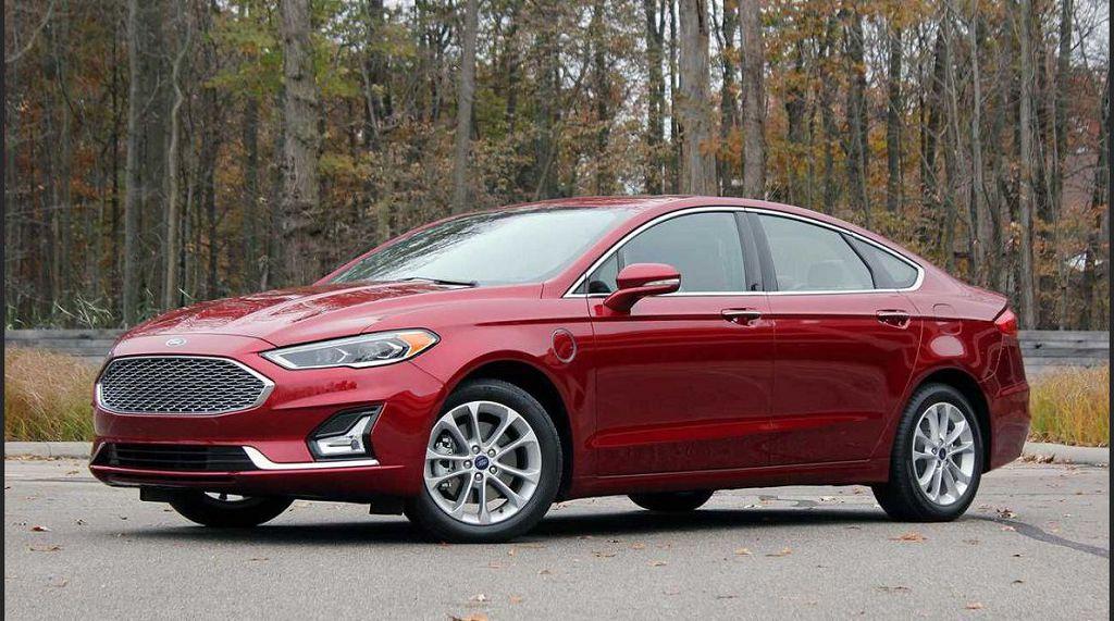 2022 Ford Fusion Pictures Titanium